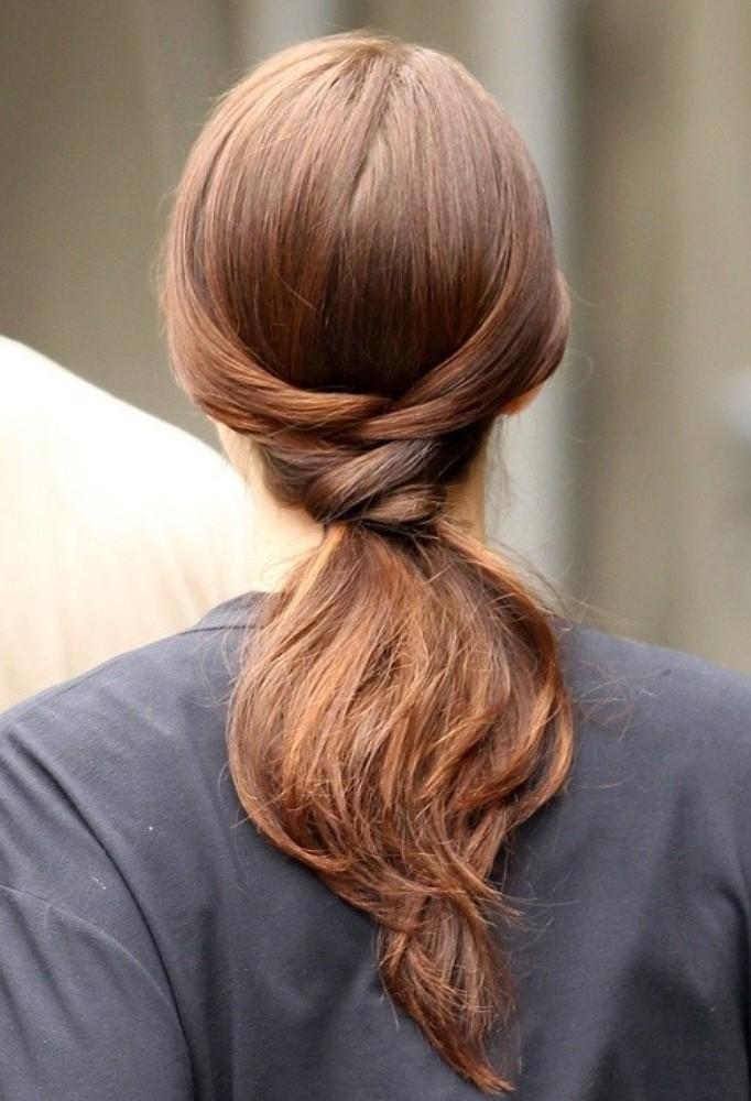 Прически из хвоста на длинные волосы фото
