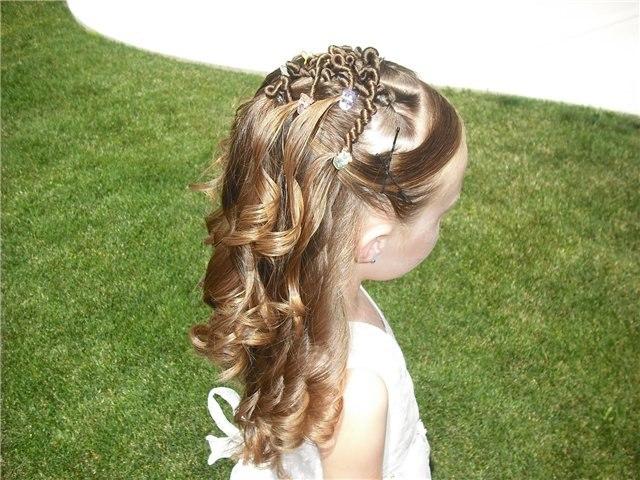Детские причёски на выпускной на длинные волосы фото