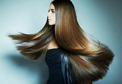 Волосы блестящие и гладкие