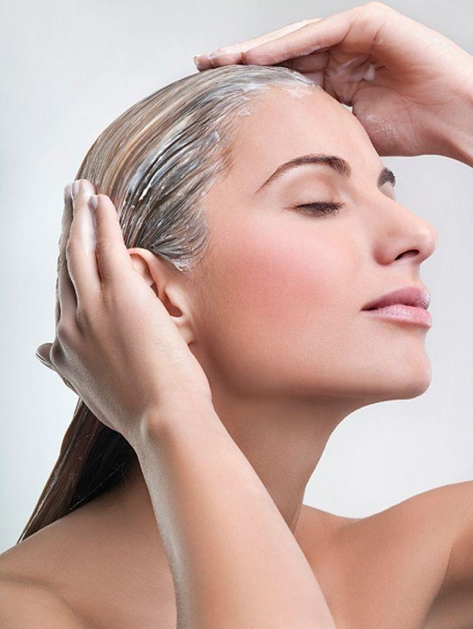 Сильно выпадают волосы какие витамины попить после в 50 лет