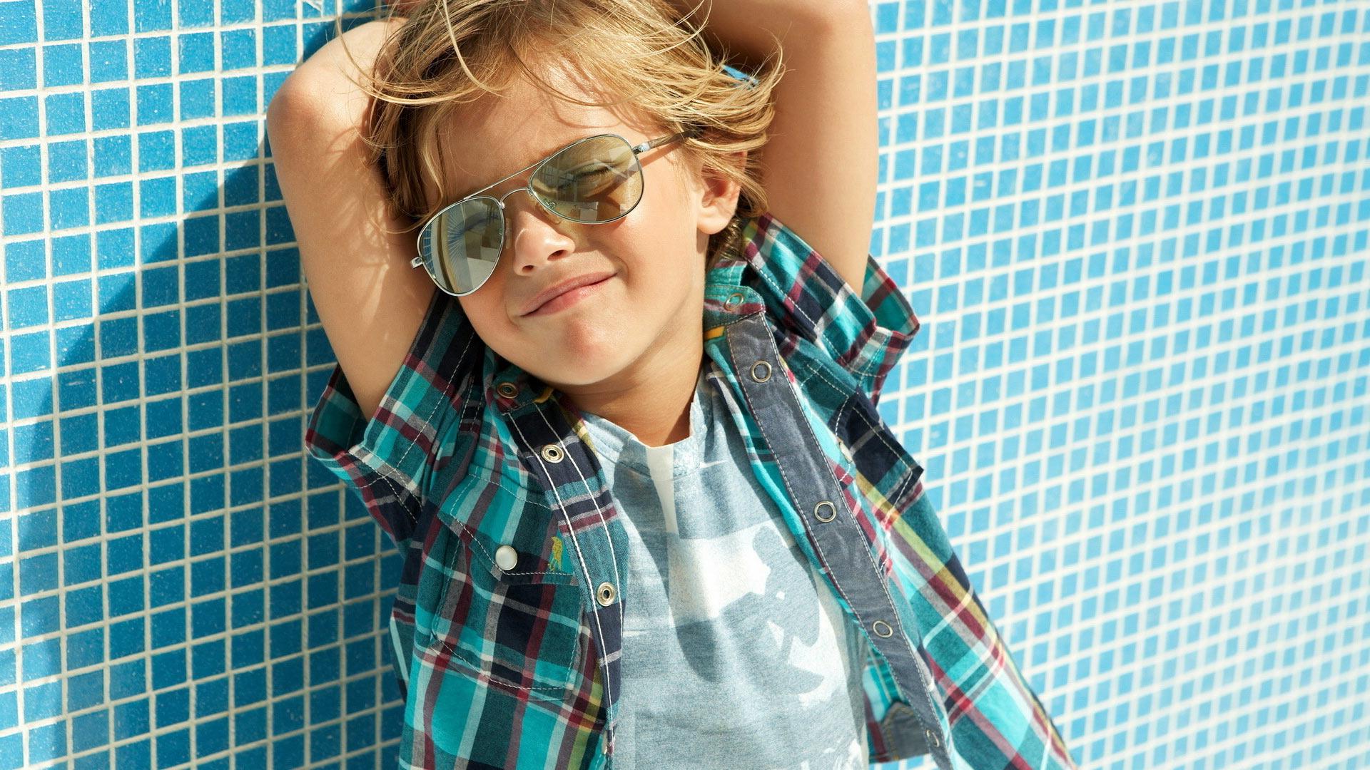 Фото ребенок 11 лет летом