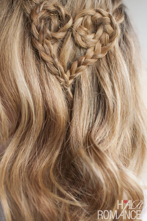 http://www.placen.com.ua/sites/default/files/styles/article_img/public/articles_img/06022015/valentines-hair-heart-braid-from-hair-romance.jpg?itok=YsPW7yB8